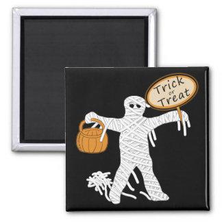 Momia Halloween del truco o de la invitación Imán Cuadrado