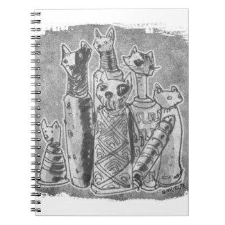 momias del gato grises sin texto spiral notebooks
