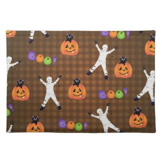 Momias y calabazas de Halloween Manteles