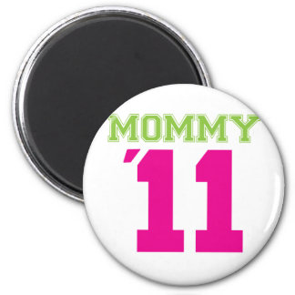 Mommy 2011 pink magnet
