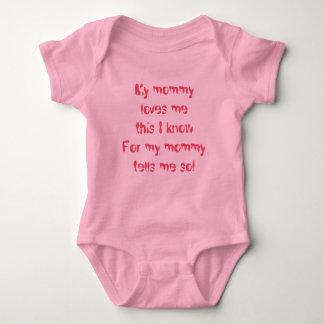 Mommy Loves Me Baby Bodysuit