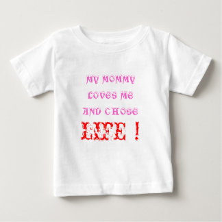 Mommy loves me baby T-Shirt
