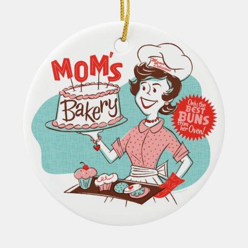 Mom's Bakery Retro Ornament — Round