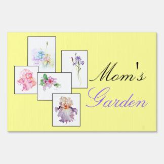 Mom's Garden Yard Sign