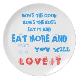 MOMS THE BOSS DINNER PLATE