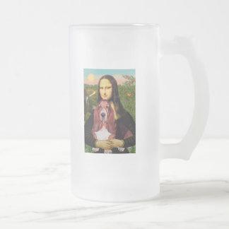 Mona Lisa - Basset Hound #1 Mugs
