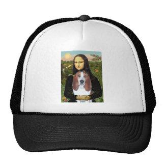 Mona Lisa - Basset Hound #4 Trucker Hat