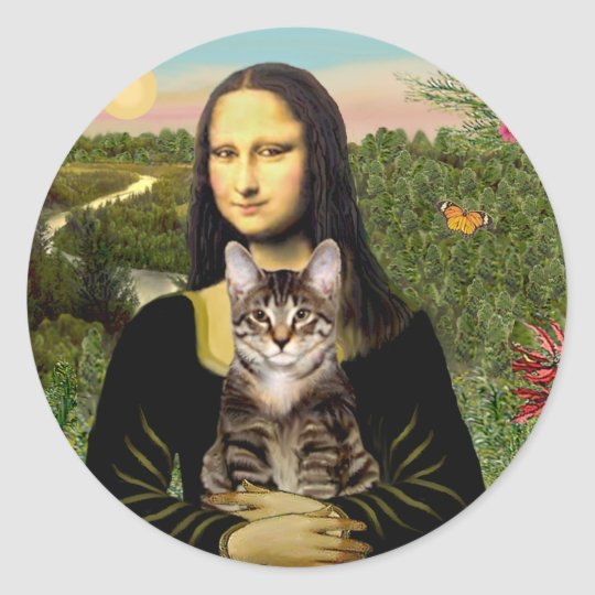 Mona Lisa - Brown Tabby Tiger cat Classic Round Sticker