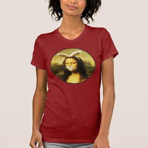 Mona Lisa con los oídos y las barbas del conejito Camisetas