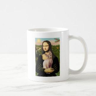 Mona Lisa - Cream Sphynx cat Coffee Mug