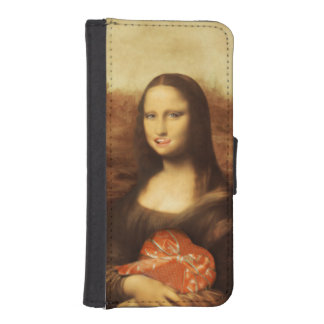 Mona Lisa Likes Valentine's Candy iPhone 5 Wallets