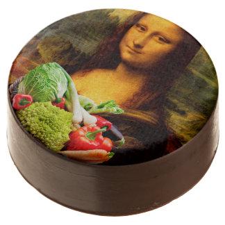 Mona Lisa Loves Vegetables Chocolate Dipped Oreo