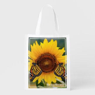 Monarca Butterfies en el girasol Bolsa Para La Compra