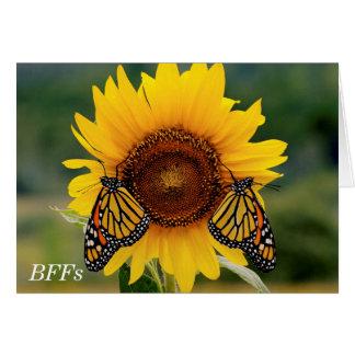 Monarca Butterfies en el girasol Tarjeta De Felicitación