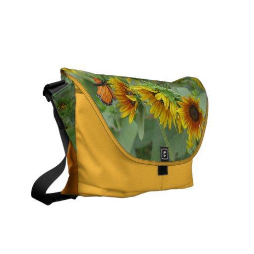 Monarca y girasoles bolsa de mensajería