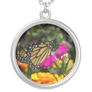 Monarch Butterfly on pink marigold-necklace Round Pendant Necklace