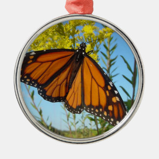Monarch butterfly spreads his wings metal ornament