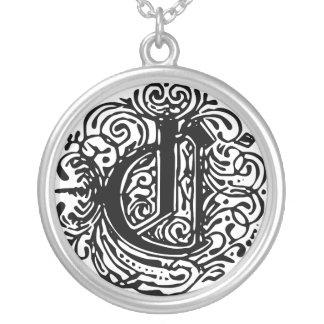 "Monarchia ""C"" Round Necklace"