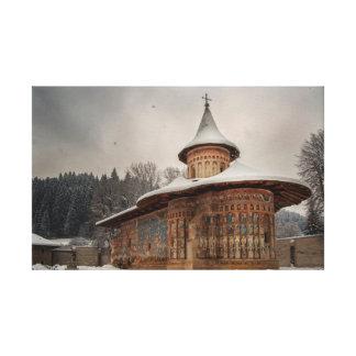 Monasterio de Voronet en invierno Impresión De Lienzo
