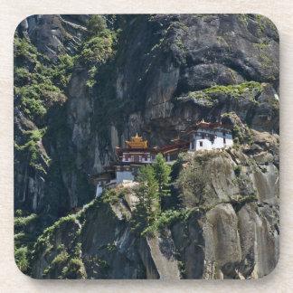 Monasterio en el acantilado, Paro, Bhután de Takts Posavasos De Bebidas