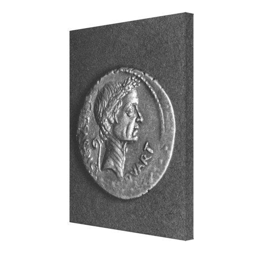 Moneda con un retrato de Julio César Impresiones En Lona Estiradas