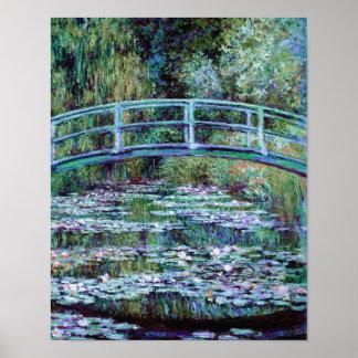 Monet - charca del lirio de agua y puente japonés póster