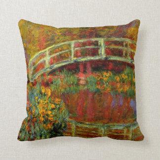 Monet - el puente japonés cojín