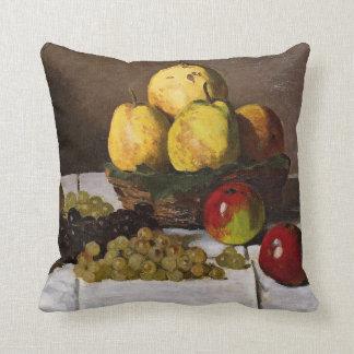 Monet - todavía vida con las peras y las uvas cojín
