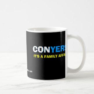 Mónica Conyers - es un asunto de familia Tazas De Café