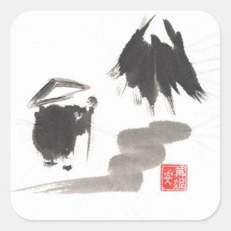 Monje del zen y montaña de la aclaración calcomanías cuadradass personalizadas