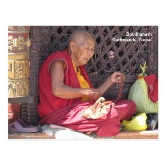 Monje en Boudha Stupa Postal