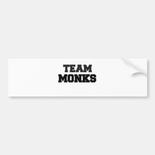Monjes del equipo etiqueta de parachoque