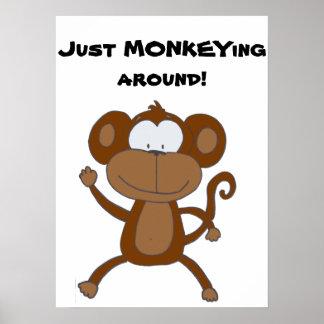 Monkey alrededor el poster