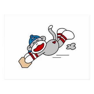 Monkey el salto del béisbol en las camisetas y los tarjetas postales