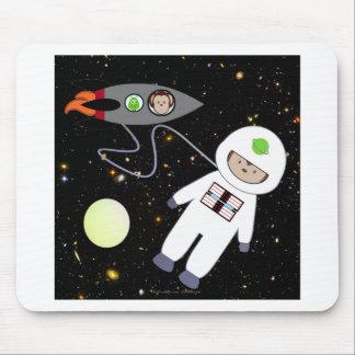 Monkeys in Space Walk Aliens Mouse Pad