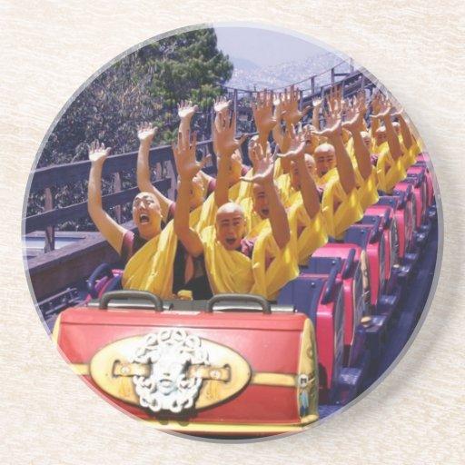 Monks-on-a-Roller-Coaster-67499.jpg Posavaso Para Bebida