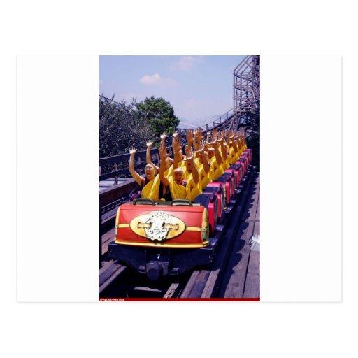 Monks-on-a-Roller-Coaster-67499.jpg Tarjetas Postales