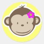 Mono amarillo femenino pegatinas redondas
