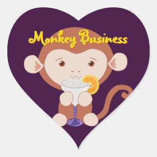 Mono con los pegatinas del corazón de Margarita Pegatina En Forma De Corazón