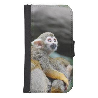 Mono de ardilla adorable del bebé billetera para teléfono