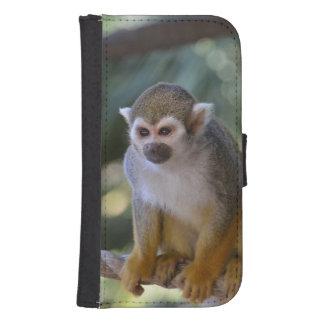 Mono de ardilla inquisitivo fundas billetera de galaxy s4
