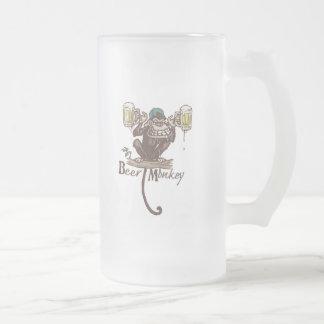 Mono de la cerveza taza de cristal