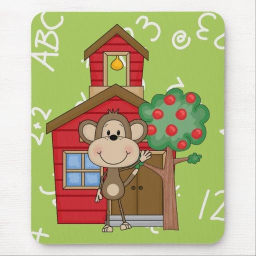 Mono de la escuela alfombrillas de ratón