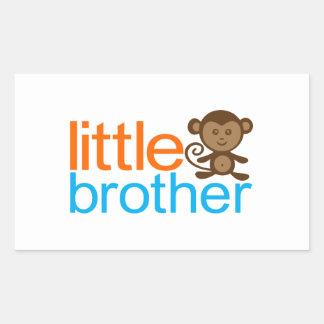 Mono de pequeño Brother Etiquetas