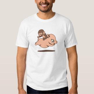 Mono del bebé (que va al revés en un cerdo) playeras