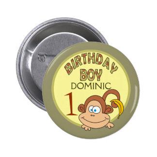 Mono del muchacho del cumpleaños con el botón del pin redondo de 2 pulgadas