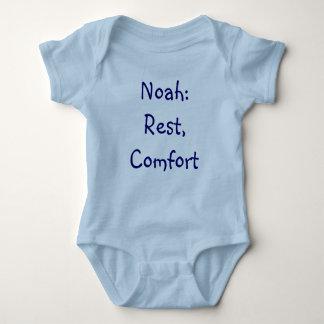 Mono del significado del nombre del bebé de Noah Remera
