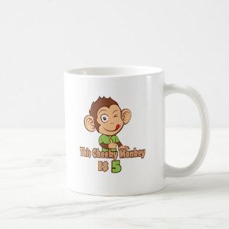 Mono divertido cumpleaños de 5 años taza clásica