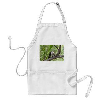 Mono en la selva delantal
