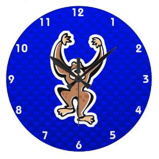 Mono lindo; Azul Reloj De Pared
